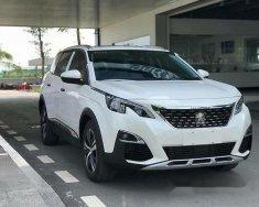 Bán Peugeot 3008 đời 2017, màu trắng giá 1 tỷ 399 tr tại Tp.HCM