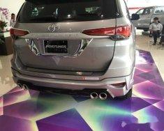 Cần bán gấp Toyota Fortuner đời 2017, màu bạc chính chủ giá 1 tỷ 200 tr tại Bình Dương