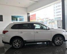 Mitsubishi Outlander 2.0 CVT Premium, giao xe ngay, Liên hệ ngay 0985814269 để nhận được ưu đãi lớn nhất. giá 942 triệu tại Hà Nội