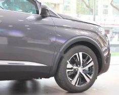 Cần bán xe Peugeot 5008 1.6AT năm 2018 giá 1 tỷ 399 tr tại Hà Nội