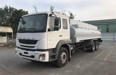Giá xe tải chở xăng dầu fuso FJ 18 khối. giá 1 tỷ 259 tr tại Cả nước