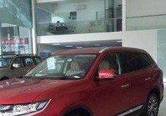 Bán Mitsubishi Outlander 2.4L 2017, màu đỏ giá 1 tỷ 100 tr tại Đà Nẵng