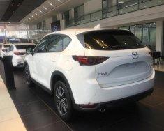 Bán xe Mazda CX 5 2.0 AT đời 2018, màu trắng giá 899 triệu tại Hà Nội