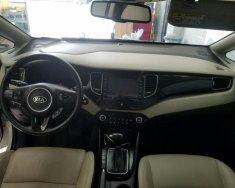 Bán ô tô Kia Rondo năm sản xuất 2015, màu trắng, nhập khẩu nguyên chiếc số tự động giá cạnh tranh giá 585 triệu tại Tp.HCM