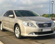 Bán xe Toyota Camry 2.5 Q năm 2013, màu vàng giá 875 triệu tại BR-Vũng Tàu