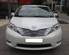 Cần bán Toyota Sienna sản xuất 2012, màu trắng, nhập khẩu xe gia đình giá 2 tỷ 500 tr tại Hà Nội