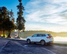 Mitsubishi Outlander 2016 tại Hà Tĩnh 2.0 CVT, giá rẻ nhất giá 977 triệu tại Hà Tĩnh