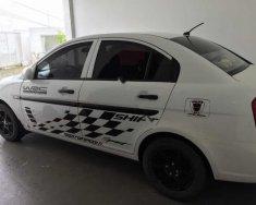 Cần bán gấp Hyundai Verna năm 2008, màu trắng, nhập khẩu nguyên chiếc giá 197 triệu tại Lâm Đồng
