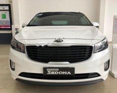 Bán Kia Sedona 2.2L DAT sản xuất 2018, màu trắng giá 1 tỷ 69 tr tại Tp.HCM