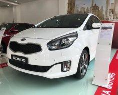 Bán xe Kia Rondo GATH năm sản xuất 2015, màu trắng số tự động, 723tr giá 723 triệu tại Tp.HCM