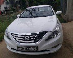 Bán Hyundai Sonata đời 2010, màu trắng số tự động giá 460 triệu tại Đà Nẵng