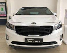 Cần bán xe Kia Sedona DAT đời 2018, màu trắng giá 1 tỷ 69 tr tại Tp.HCM