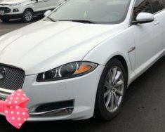 Bán gấp Jaguar XF 2.0AT sản xuất 2014, màu trắng, xe nhập giá 2 tỷ tại Hà Nội