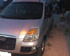 Cần bán lại xe Hyundai Starex 2004, màu bạc nhập từ Nhật 6 chổ 800kg  giá 205 triệu tại Long An