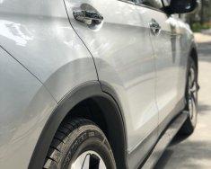 Cần bán xe chính chủ hiệu Honda CR V 2.40 sản xuất 2015 màu bạc, giá tốt 875 triệu giá 875 triệu tại Tp.HCM