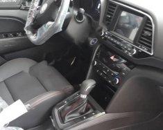 Bán Hyundai Elantra Sport 1.6 AT đời 2018, màu xám giá 739 triệu tại Tp.HCM