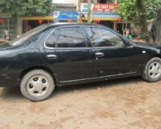 Cần bán xe Nissan Bluebird 1999, màu đen giá 96 triệu tại Bắc Giang