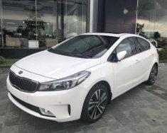Bán ô tô Kia Cerato năm 2018, màu trắng giá 589 triệu tại Cần Thơ