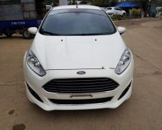 Bán xe Ford Fiesta 1.0 sản xuất năm 2015, màu trắng chính chủ, giá 495tr giá 495 triệu tại Hà Nội