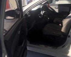 Bán Hyundai Avante đời 2012, màu trắng giá 385 triệu tại Đắk Lắk
