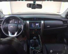 Chính chủ bán Toyota Fortuner 2016, màu đen giá 995 triệu tại Nghệ An