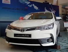 Toyota Corolla Altis 1.8E số tự động, chỉ cần 170 triệu đồng sở hữu ngay xe giá tốt giá 687 triệu tại Cả nước