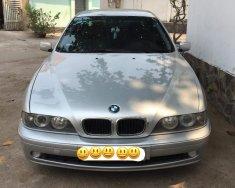 Cần bán BMW 5 Series 525i đời 2002, màu bạc, xe nhập giá 265 triệu tại Tp.HCM