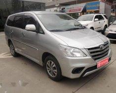 Cần bán Toyota Innova E đời 2015, màu bạc, 605 triệu giá 605 triệu tại Hà Nội