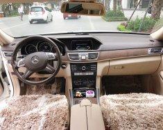 Cần bán Mercedes E200, ĐK 2016 màu trắng, đẹp như mới 99% giá 1 tỷ 520 tr tại Hà Nội