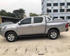 Bán Toyota Hilux E sản xuất 2017, màu bạc ít sử dụng, 645 triệu giá 645 triệu tại Hà Nội