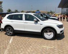 Cần bán Volkswagen Tiguan Allspace (07 chỗ)2.0 TSI 4Motion đời 2018, màu đen, nhập khẩu nguyên chiếc giá 1 tỷ 699 tr tại Hà Nội