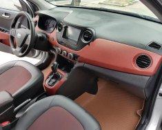 Chính chủ bán xe Hyundai Grand i10 1.2AT sản xuất năm 2016, màu bạc giá 428 triệu tại Hà Nội