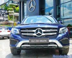 Bán xe Mercedes GLC 250 4MATIC 2018 xanh cavansite, giá tốt, giao xe ngay giá 1 tỷ 879 tr tại Hà Nội