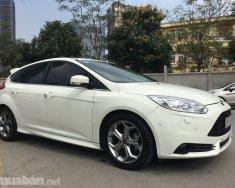 Bán gấp Ford Focus đời 2015, màu trắng, nhập khẩu, giá 615tr giá 615 triệu tại Hà Nội