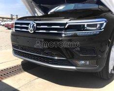 Volkswagen Tiguan Allspace 2018 giá 1 tỷ 699 tr tại Tp.HCM