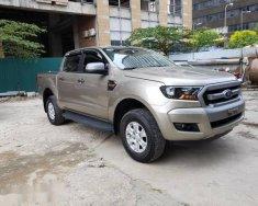 Chính chủ bán xe Ford Ranger XLS 2.2 AT đời 2017, màu vàng giá 675 triệu tại Hà Nội