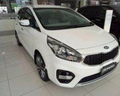 Bán ô tô Kia Rondo 1.7 GAT sản xuất 2018, màu trắng giá 669 triệu tại Thái Nguyên