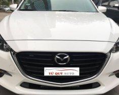 Cần bán gấp Mazda 3 1.5 AT năm sản xuất 2017, màu trắng   giá 699 triệu tại Hà Nội