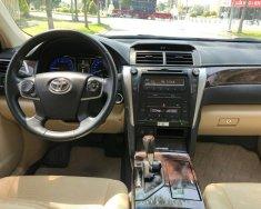 Bán Toyota Camry 2.0E màu đen VIP số tự động, sản xuất cuối 2016, mẫu mới đi 19000km giá 918 triệu tại Tp.HCM