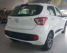 Cần bán xe Hyundai Grand i10 1.2 AT 2018, màu trắng giá 395 triệu tại Hà Nội