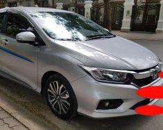 Cần bán xe Honda City 2017 số tự động, màu bạc, odo 22.000km giá 575 triệu tại Tp.HCM