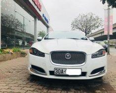 Bán Jaguar XF đời 2014, màu trắng, nhập khẩu nguyên chiếc giá 1 tỷ 600 tr tại Hà Nội