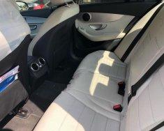 Cần bán gấp Mercedes C200 năm 2015, màu đen giá 1 tỷ 150 tr tại Tp.HCM