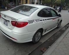 Cần bán gấp Hyundai Avante sản xuất 2012, màu trắng giá 308 triệu tại Hà Nội