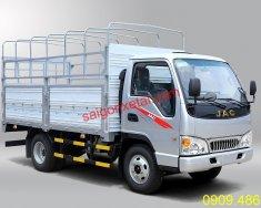 Cần bán xe tải 2.4 tấn động cơ Isuzu thương hiệu Jac giá rẻ giá 300 triệu tại Tp.HCM