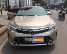 Bán xe Toyota Camry 2.5Q đời 2017, màu vàng như mới giá 1 tỷ 260 tr tại Hà Nội