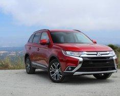 Cần bán Mitsubishi Outlander đời 2018, màu đỏ, giá 807tr giá 807 triệu tại Quảng Bình