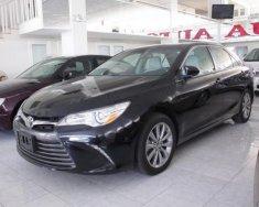 Cần bán lại xe Toyota Camry XLE đời 2015, màu đen, xe nhập số tự động giá 1 tỷ 957 tr tại Tp.HCM