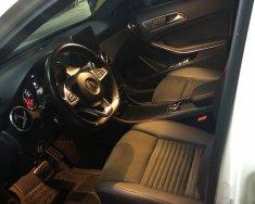 Bán Mercedes GLA250 đời 2016, màu bạc, odo 20000km đẹp như mới, xe ít sử dụng bảo hiểm Liberty giá 1 tỷ 440 tr tại Tp.HCM