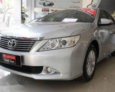 Bán xe Toyota Camry năm sản xuất 2014, màu bạc, giá 830tr giá 830 triệu tại Tp.HCM